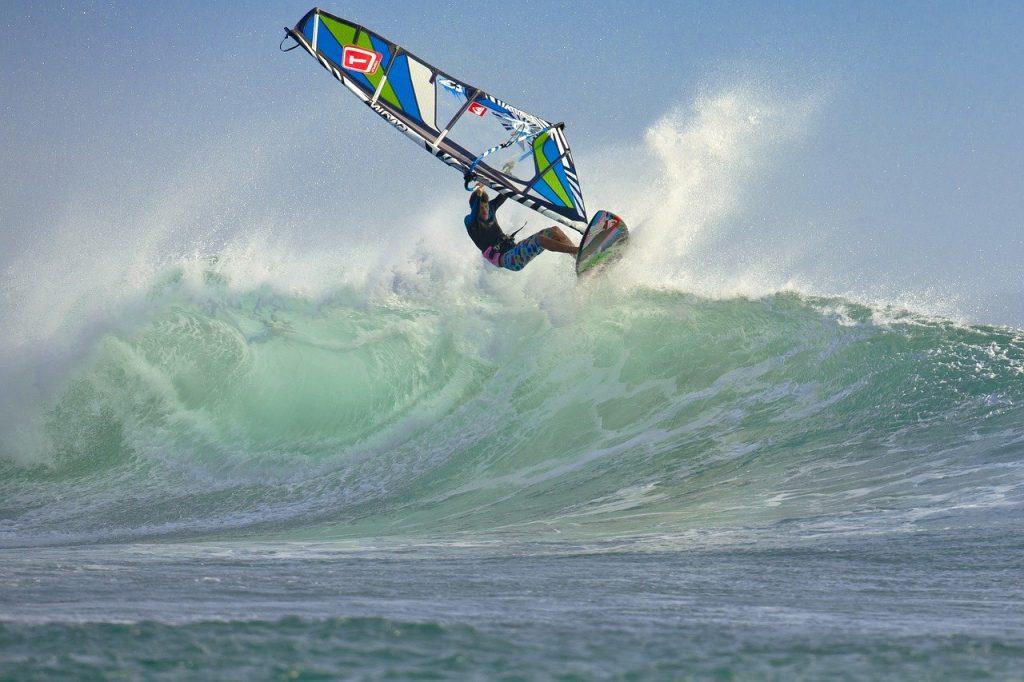 wind surfing, wave, splash